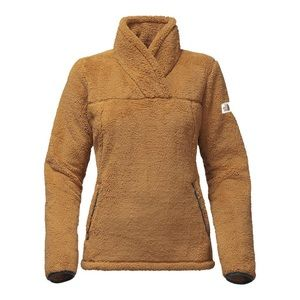 The North Face Women's Campshire Pullover -mustard